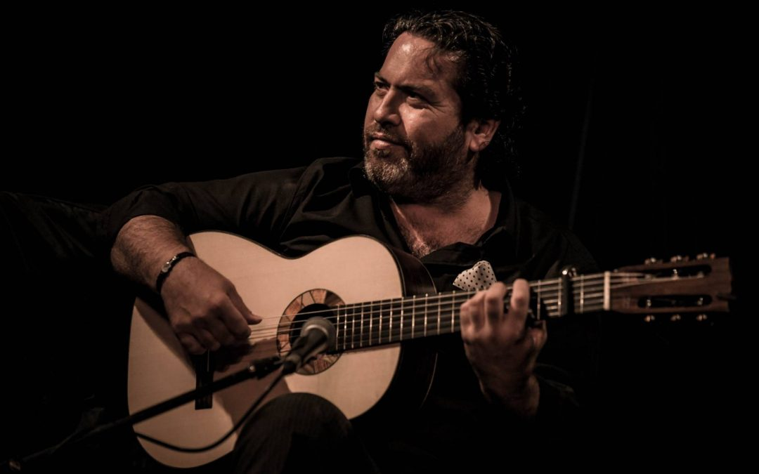 Paco Lara exclusively plays Toscano Flamenco Guitars